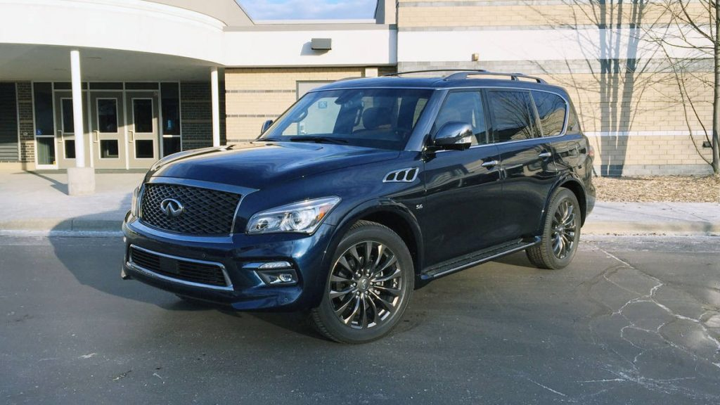 Deciding Between the Infiniti QX80 and the QX80 Signature ...